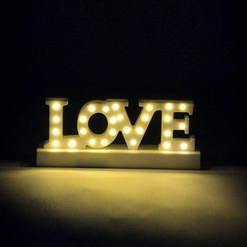 LOVE שולחני